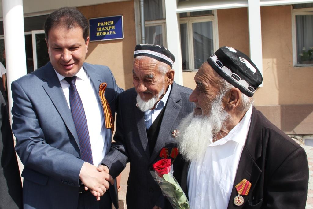 тот ветераны вов таджикистана фото подскажи