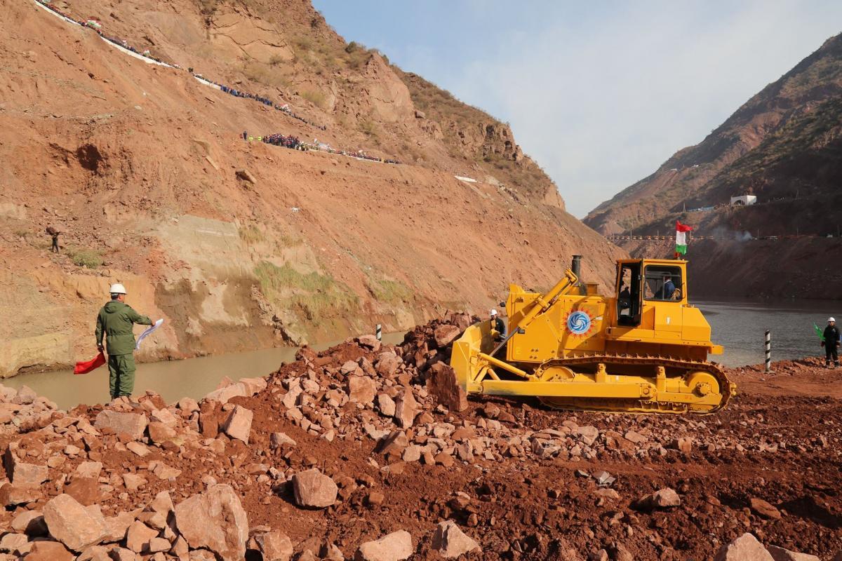 نتیجه تصویری برای صادرات میلیاردی مواد معدنی از ایران