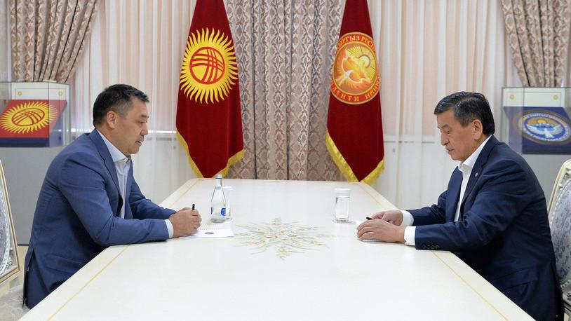 Президенти Қирғизистон алҳол ба истеъфо рафтанӣ нест