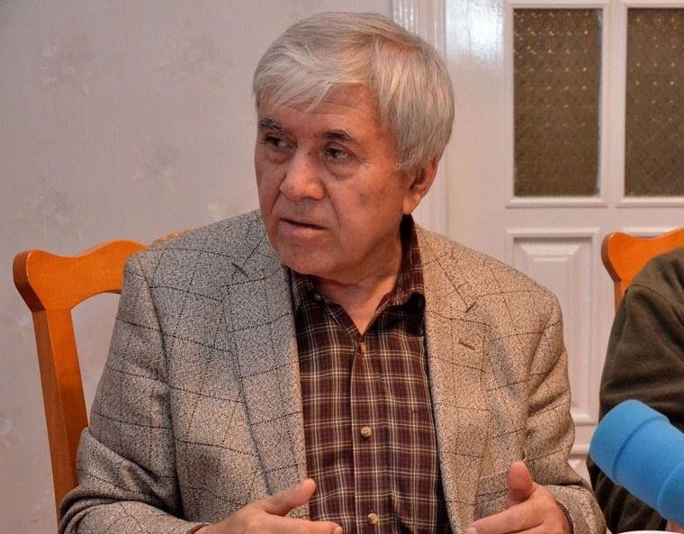 Профессору Ходжимухаммаду Умарову - 75 лет