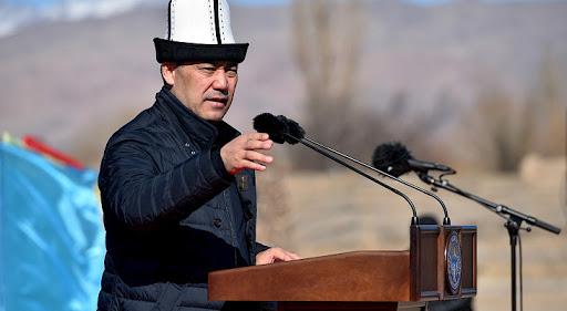 Садыр Жапаров уйдет в отставку: он намерен баллотироваться в президенты