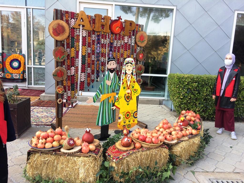 Дар Душанбе ярмаркаи «Hello Anor» баргузор шуд