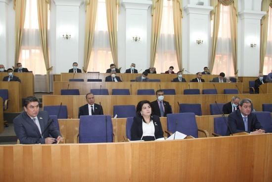 Депутаты сообщили, за счет чего будет пополнятся бюджет Таджикистана на 2021 год