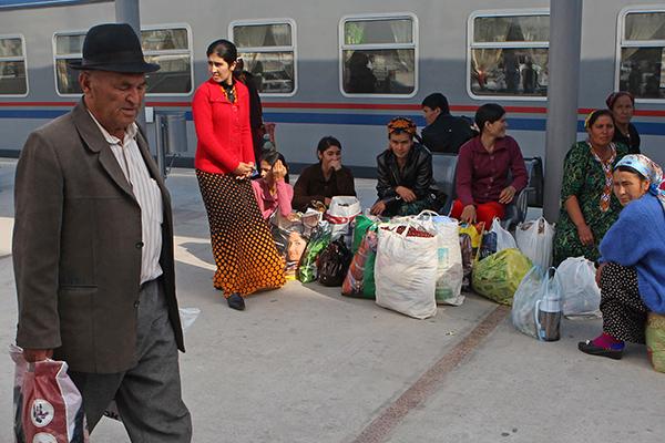 В Туркменистане ограничили передвижение лиц старше 50 лет