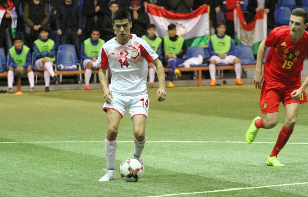 Таджикский футболист проходит просмотр в российском клубе «Химки»