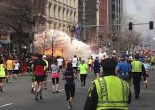 В результате терактов в американском Бостоне погибли три человека, пострадали 141