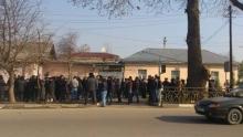 Собравшихся возле СИЗО ГКНБ людей в поддержку З. Саидова разгоняет милиция