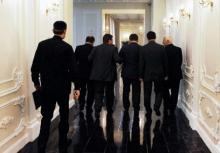 Эксперты: Таджикские чиновники – слуги президента, а не народа