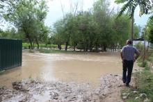 Стихия в Вахше: от ливней разрушен селесброс, затоплено несколько домов