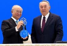 Мир доверил Казахстану весь атом