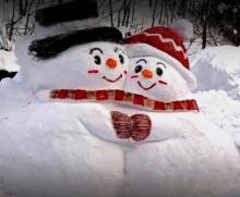 Слишком творческие и смешные снеговики. Лепим?