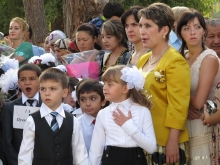 В Таджикистане мамы решили вернуть детям каникулы и написали письмо Озоде Рахмон