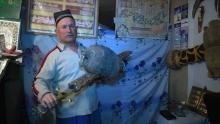 Как кузнец из Истаравшана кует мечи по описаниям из «Шахнаме»