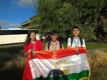 Юные таджикские физики в Португалии стали лучшими среди стран Центральной Азии