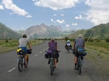 «Я пропустил слишком много закатов»: о чем мечтали и кем были погибшие в Таджикистане туристы?