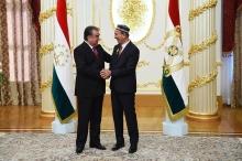 Шерали Джураев получил звание Народного артиста Таджикистана