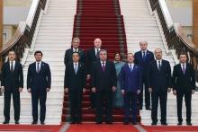 Безопасность и экономика: Эмомали Рахмон побеседовал с главами правительств ШОС