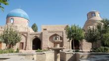 Что в 19 веке изучали таджички в единственном женском медресе?