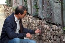 Как таджикский дизайнер превращает обычные стены в горы Памира?