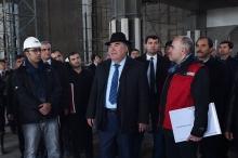 Президент и мэр побывали на строительстве самой крупной мечети в регионе