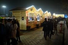 В Душанбе впервые организована новогодняя ярмарка. Чем тут торгуют?