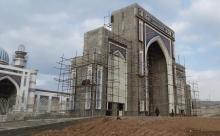 Пострадавшие строители мечети: Мы сначала упали на нижние ярусы, и это спасло нас