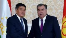 Эмомали Рахмон провел телефонный разговор с президентом Кыргызстана