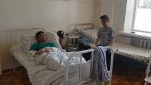 Душанбинские школьники, получившие ожоги от взрыва газа, идут на поправку