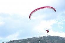 В небе над Варзобом. Как в Таджикистане прошел парапланерный фестиваль