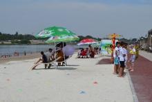 На левобережье Сырдарьи в Худжанде сдан в эксплуатацию новый современный пляж