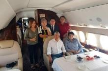 Алмазбек Атамбаев покинул Кыргызстан. Он улетел в Москву