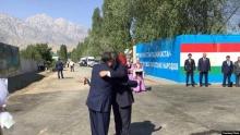 Историческая встреча. Эмомали Рахмон и Сооронбай Жээнбеков встретились на границе