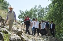 Глава МИД Таджикистана свозил иностранных послов в горы