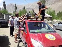 Приключения иностранцев в Таджикистане: бродячий музыкант, потерянные кредитки и сигнал SOS из Голландии