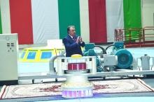 «Я помню день…»: Как Эмомали Рахмон запускал второй агрегат Рогунской ГЭС