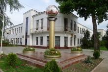 Где жили Шириншо Шотемур и Малика Собирова? Живая история Душанбе в мемориальных досках