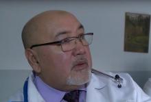 Он слышит малейшие отклонения в ритмах сердца. Как врач-кардиолог из Таджикистана спасает в России людей