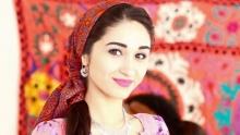 Мехрнигор Рустам вернулась в Таджикистан и побывала в гостях Asia-Plus