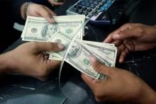 Таджикистан валютой для импорта, в основном, обеспечивают трудовые мигранты