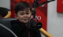 Звезда таджикского интернета Абдурозик спел индийскую песню