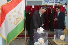 Депутаты Таджикистана: Что они могут и обязаны делать