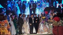 Философия в орнаменте: Хуршед Сатторов показал свою коллекцию из 500 костюмов