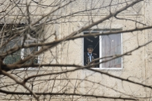 Военный оркестр 201-й РВБ сыграл под окнами очередного ветерана ВОВ