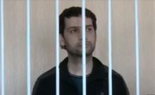 В сети появилось видео суда над таджикским журналистом Далером Шариповым