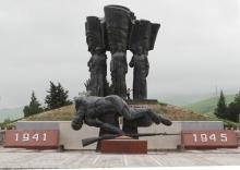 Память в граните: Какие памятники ВОВ остались в Таджикистане