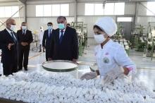 Президент  запустил в Дангаре вторую очередь предприятия «Фарм Текс»