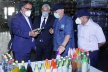 Tajik water bottling plant will produce juices and smoothies in doypacks