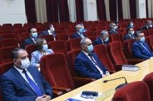 Президент Таджикистана обеспокоен последствиями влияния пандемии на экономику
