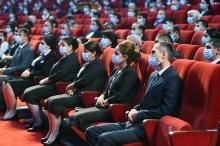 Президент Таджикистана наградил врачей, которые боролись с коронавирусом