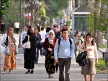 Интернет, школа, за чадрой: где и как знакомятся таджикистанцы